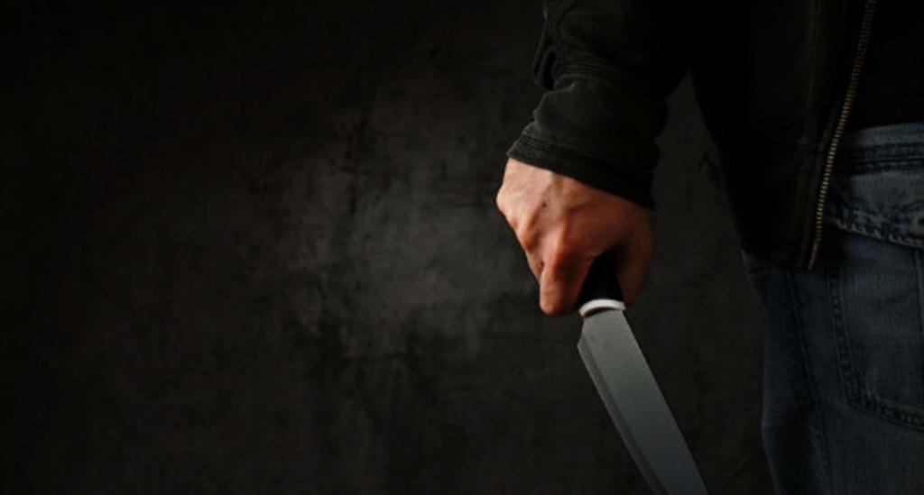 تهدید 1024x549 - جرم تهدید و بررسی مجازات آن